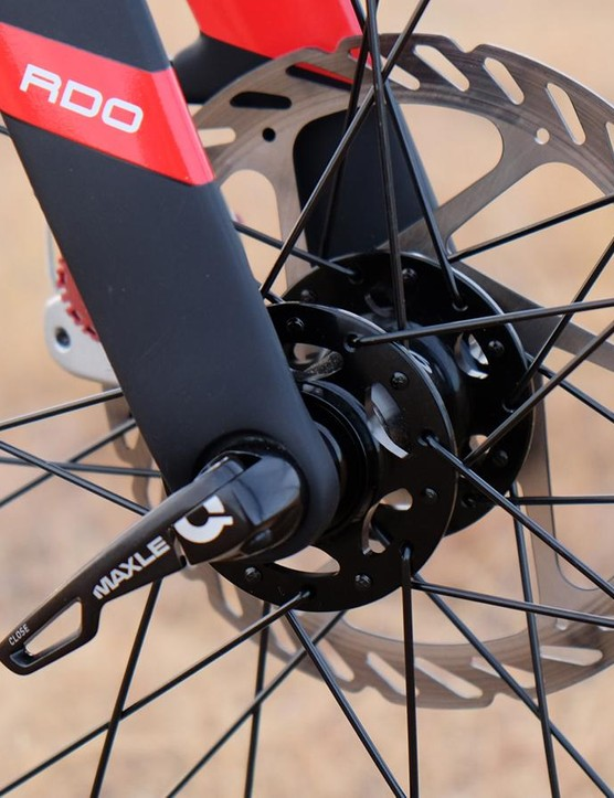 The BSB 9 RDO has front and rear Maxle thru-axles