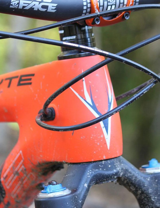Internal cable routing might slow things down when you're working on your bike, but it certainly adds to the sleek, clean lines