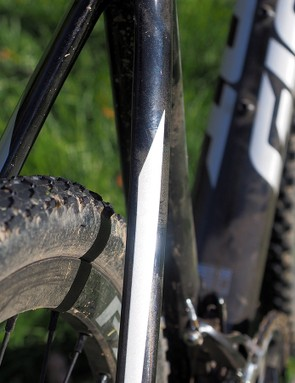 Mud clearance is especially generous through the bridgeless seatstays