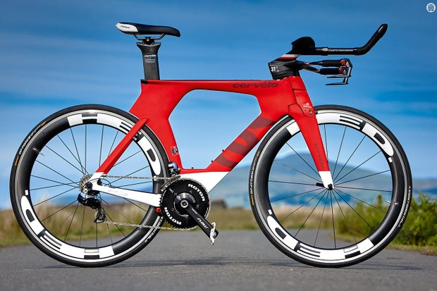 The Cervelo P5: riding slowly or unobtrusively not an option