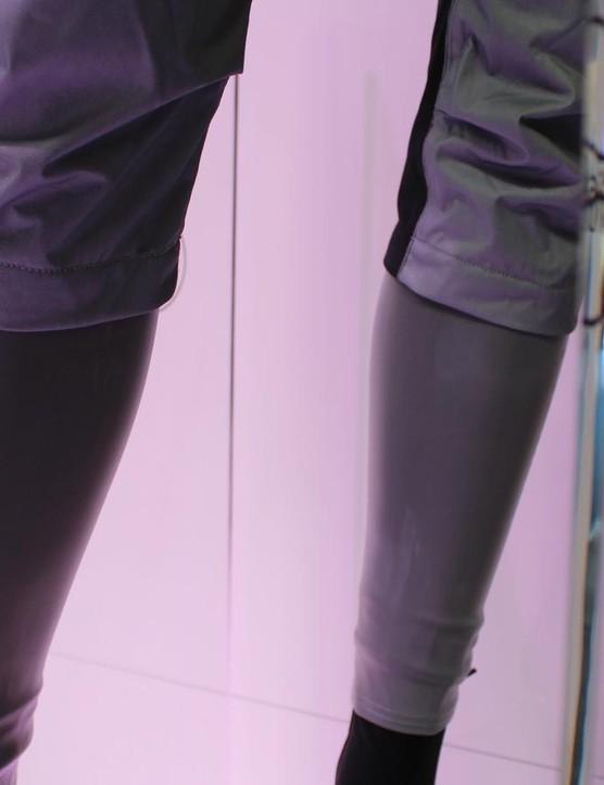 The Tempesta leg warmers shown underneath the 3/4 Tempesta pants