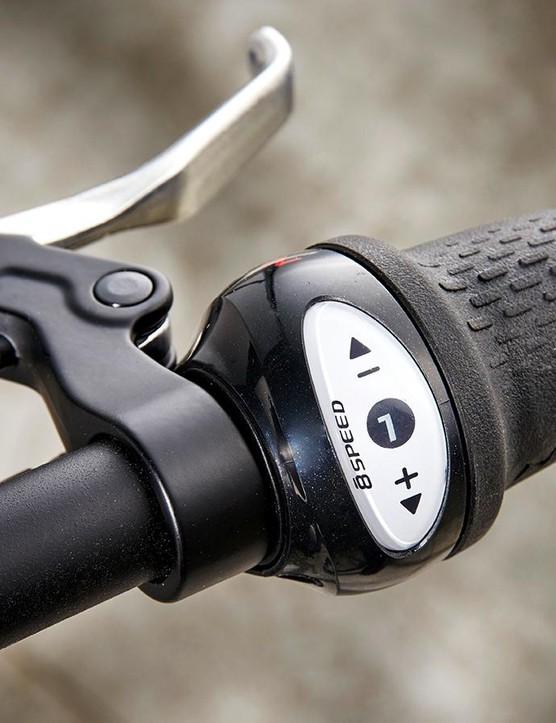 …and gear changes are very simple from the grip-shift setup