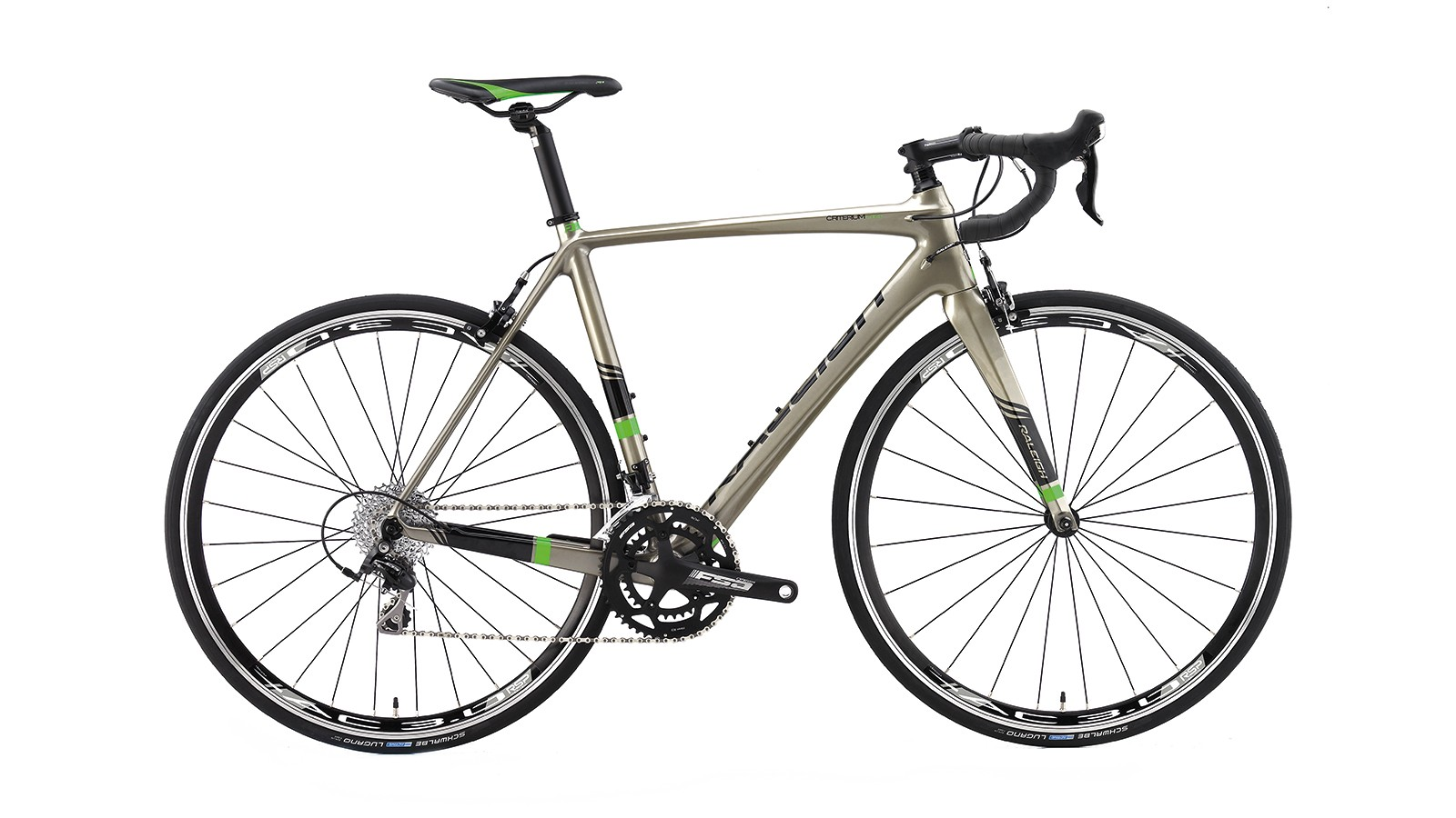 We're not sure about the Raleigh Criterium Comp's odd off-gold finish, but the frame beneath it is excellent