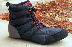 Bontrager has designed its new OMW shoes much like traditional snowboard boots
