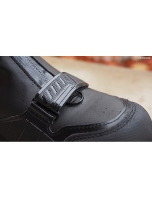 D-rings are included for attaching gaiters