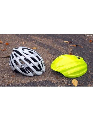 The snap-on Aeroshell adds just 42g to this Lazer Z1 helmet