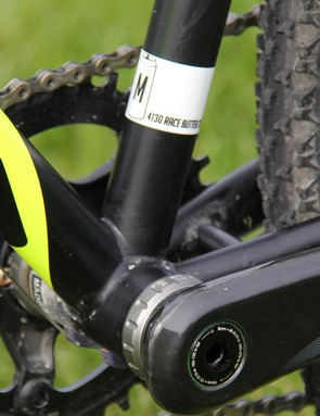 The Rapture sticks with a 68mm threaded bottom bracket