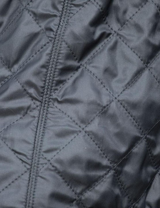 The quilted material keeps the wind out