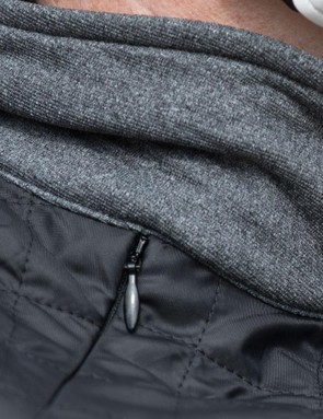 The high neck is soft, comfortable and beautifully warm on cold rides