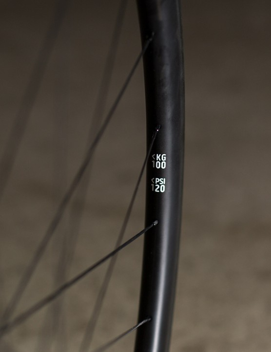 The CC38s have a claimed max rider weight of 120kg/264.5lbs, but according to Curve that's got more to do with braking power than the strength of the rims