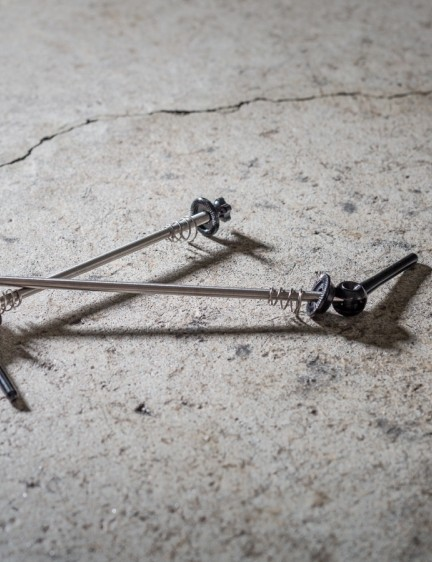Our sample wheels came with lightweight titanium skewers