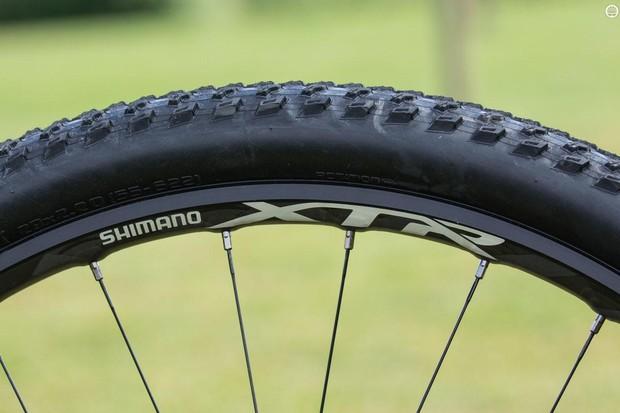 Shimano's XTR 'Race' M9000 wheelset