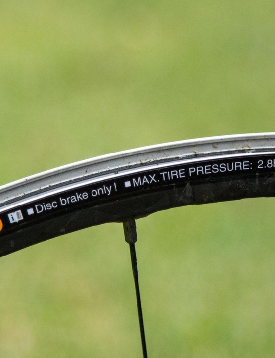 Sold stock with a lightweight tubeless rim tape, the XTR wheels carry a maximum pressure rating
