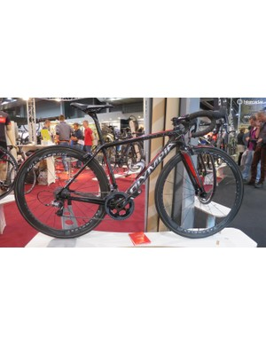 Olympia's 849, as the name suggests, is based around an 849g carbon frame