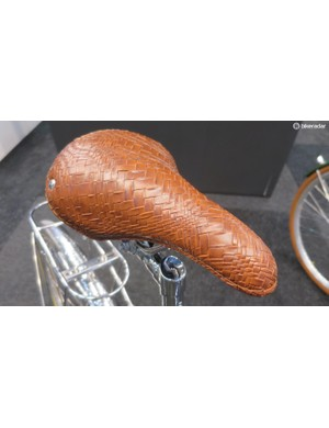 The Chesini woven leather saddle is a classy touch…