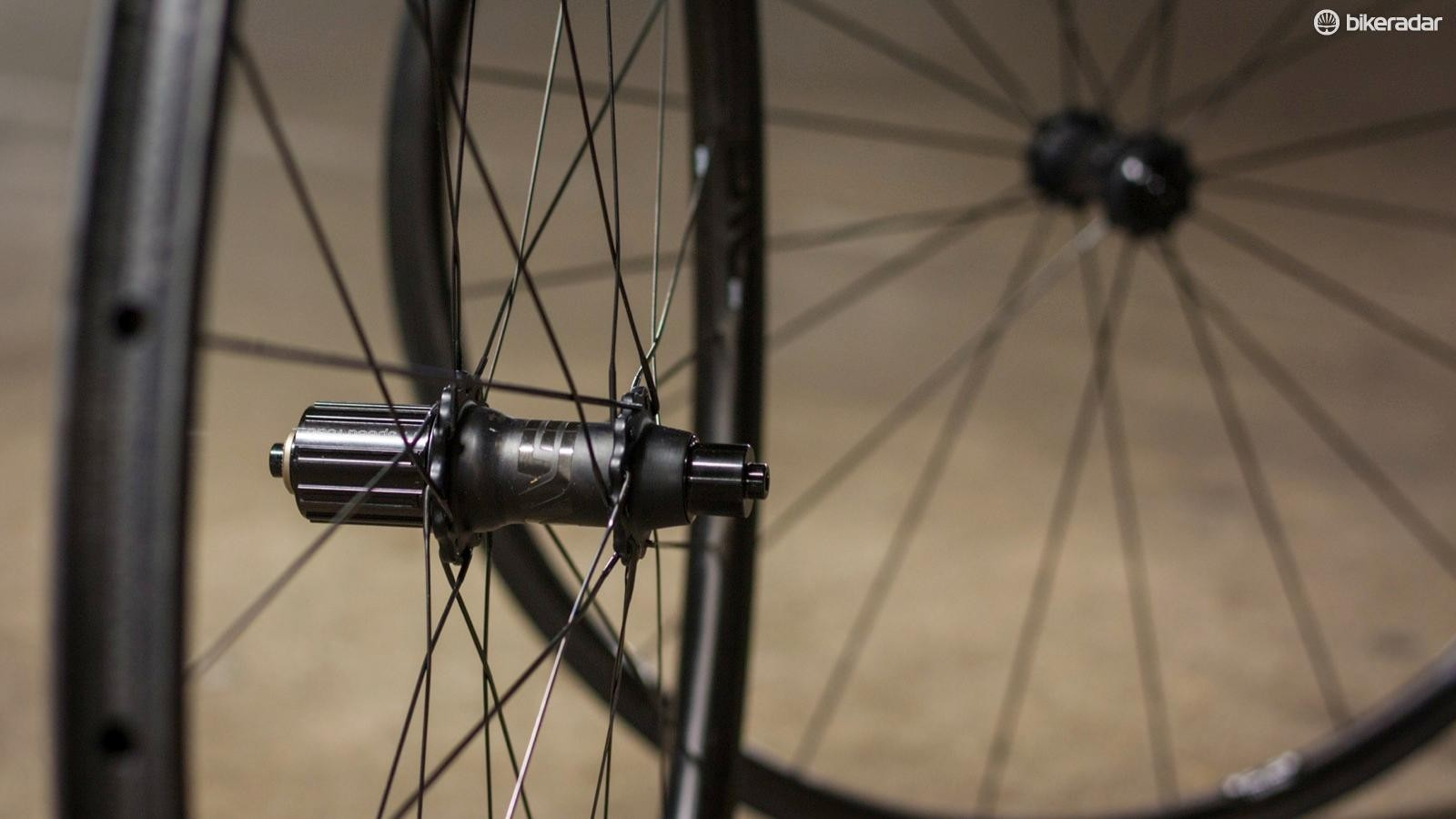 Enve's new SES 2.2 tubs: they're light and we want them