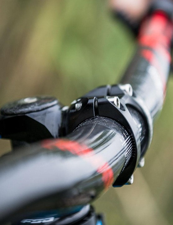 Vouilloz settled on a 45mm stem after experimenting with longer and shorter items, as balances stability at speed with performance on steep terrain