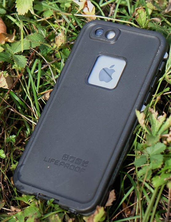 The Lifeproof FRE is a fully sealed iPhone 6 case