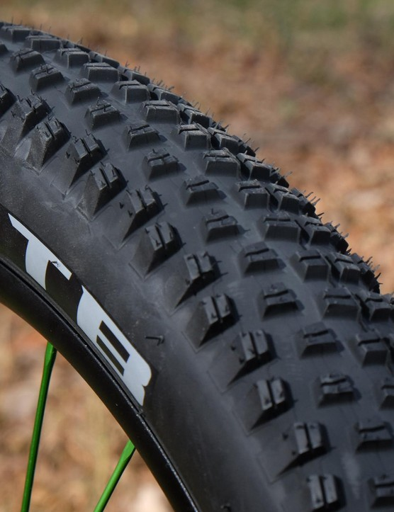 The 27.5x3in WTB Trail Boss is tubeless ready and weighs in at 1,090g