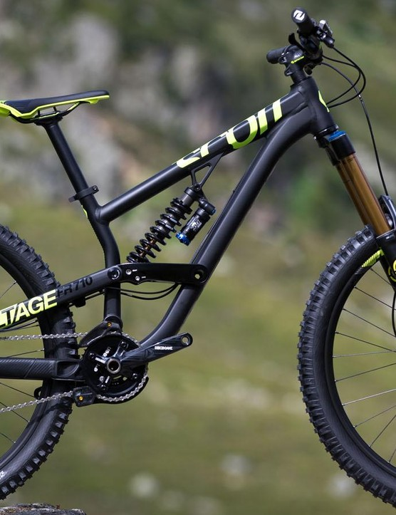 Scott's Voltage FR 710 occupies the borderlands between long-travel trail and downhill bikes