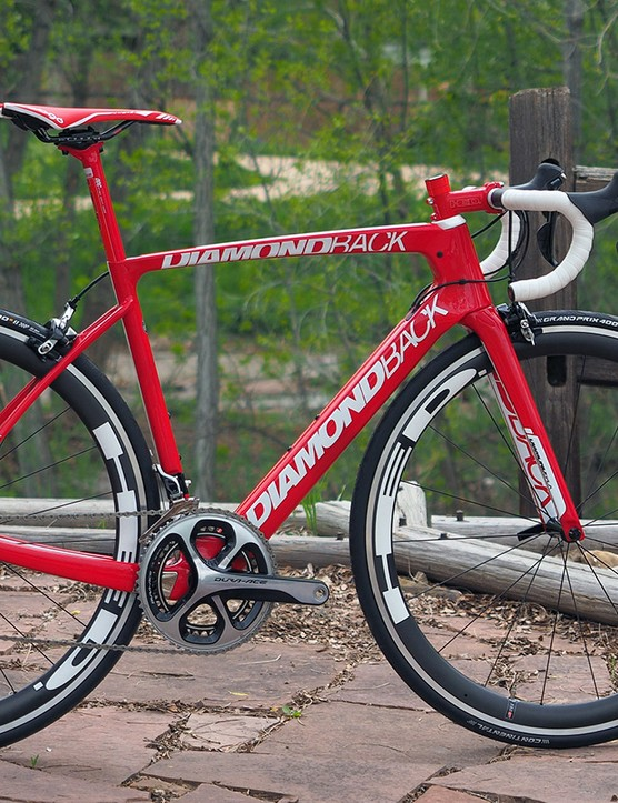 Like it or not, Diamondback has stuck with the striking monochrome red finish for its flagship Podium Equipe