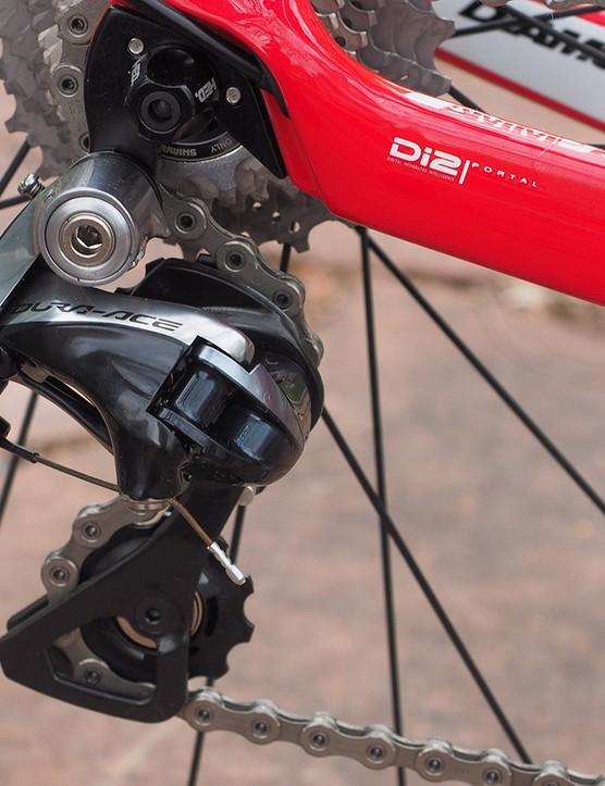 Electronic shifting may get all the attention but standard Shimano Dura-Ace is still a stellar transmission