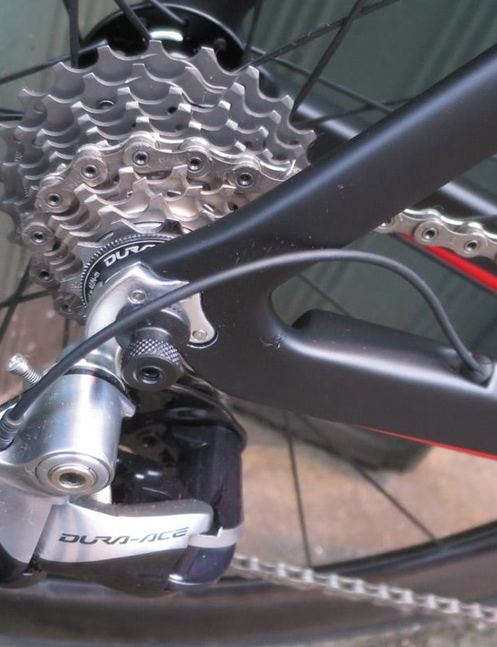 Dura-Ace Di2 comes as standard on the Signature SLR race