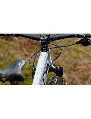 Cable routing could be tidier – they get in the way when out of the saddle