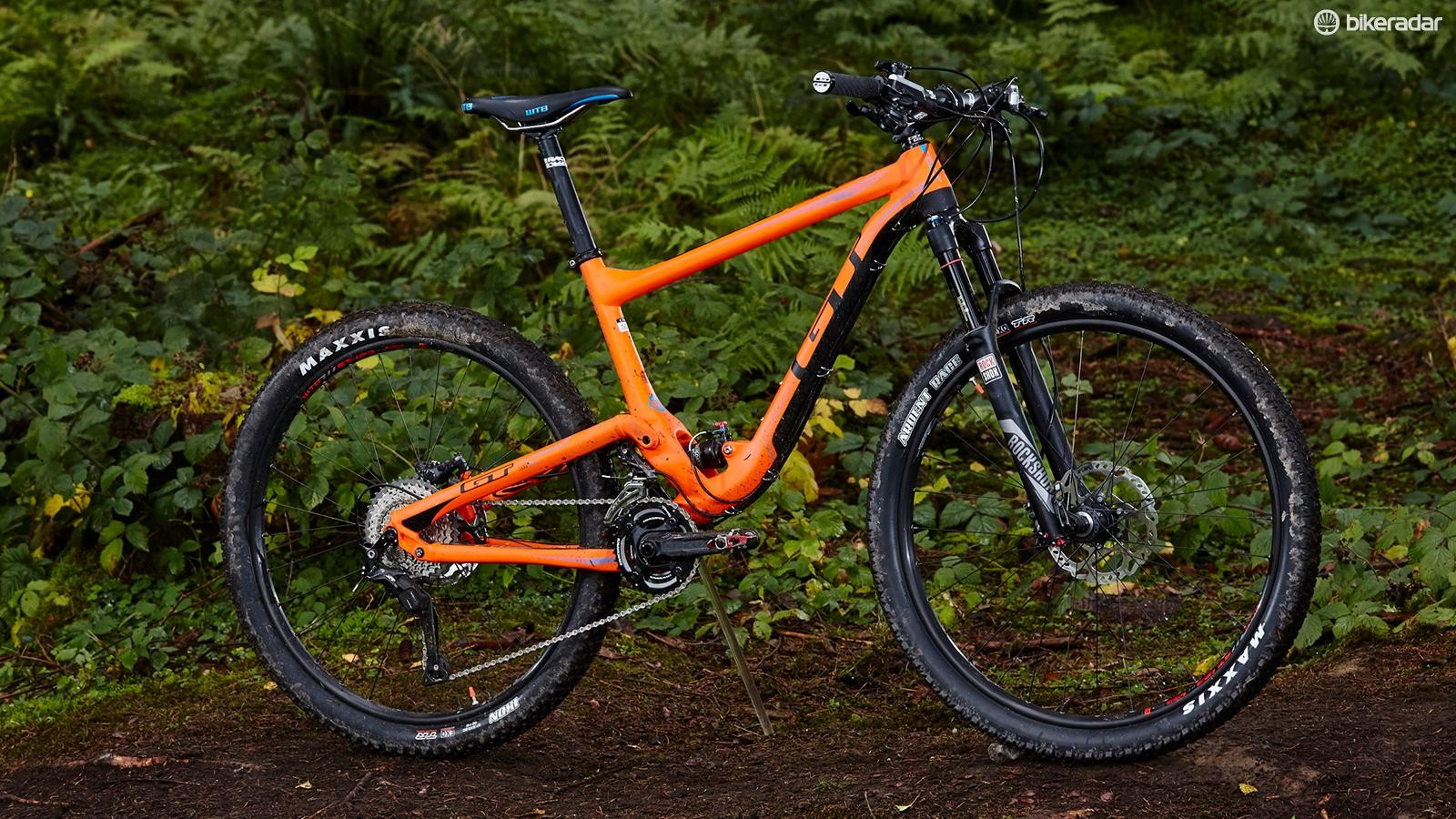 The Helion may be short on travel but this 'aggressive XC' bike is no flexy featherweight