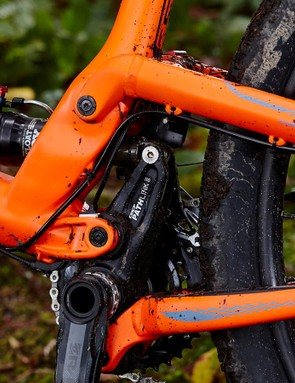 GT's floating BB 'AOS' design is meant to isolate the suspension from pedalling forces