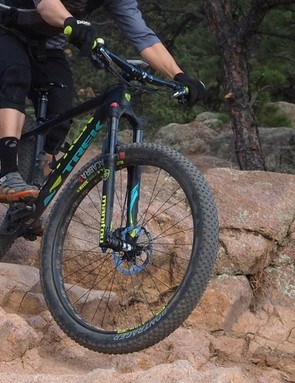 The Trek Stache 9's huge 29+ wheel-and-tyre package positively flattens rocky terrain. It's an absolute hoot to ride in most situations