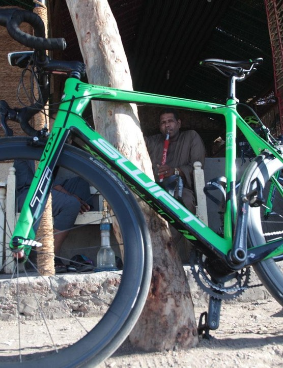 The team rode on SwiftCarbon Ultravox Ti road bikes