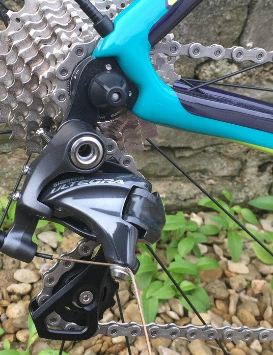 Shimano Ultregra 11 spd with 11-28t cassette at the back