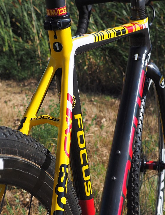 The lines on the Focus Mares CX frame are simple and elegant
