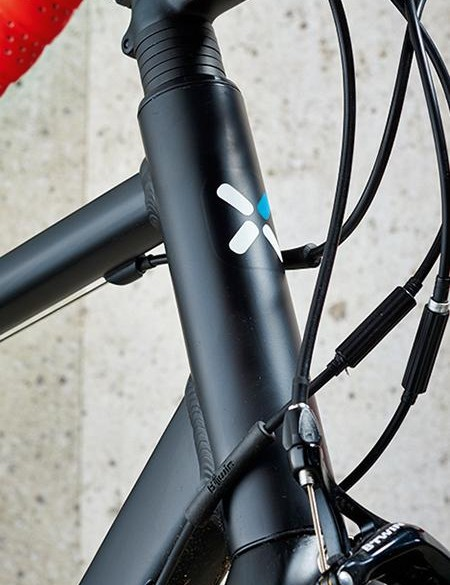 The tallish head tube creates novice-friendly geometry