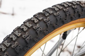 Carlisle supplied the BMX-inspired front and rear tires