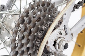 The freewheel featured unusually big sprockets for the time