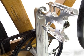Custom engraved cranks and pedals hold the new Williams branding