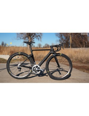 Conclusions are mixed on how much disc brakes affect aerodynamic performance. Could Canyon have built an Aeroad to similar performance metrics with disc brakes?