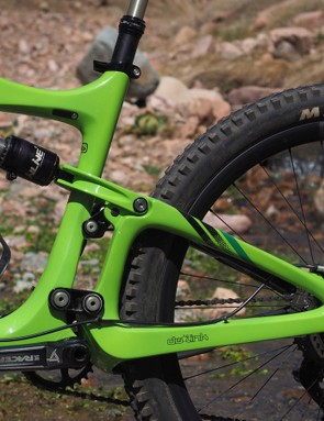 The Ibis Mojo HD3's awesome dw-link rear suspension squashes impacts both big and small and yet is still incredibly efficient to pedal