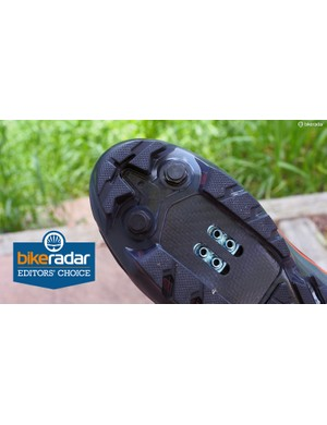 The unique carbon plate is stiff behind the ball of the foot for pedaling efficiency but very flexible under the toes to aid in walking