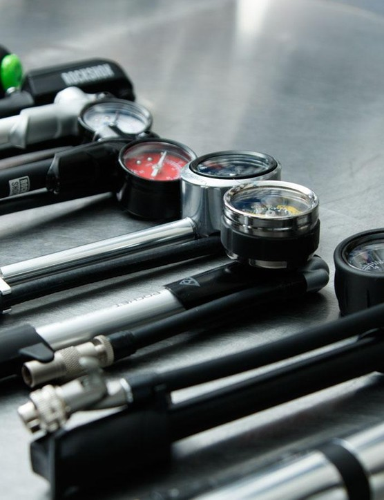 There are just two main manufacturers of shock pumps. So it's little surprise there are so many similarities