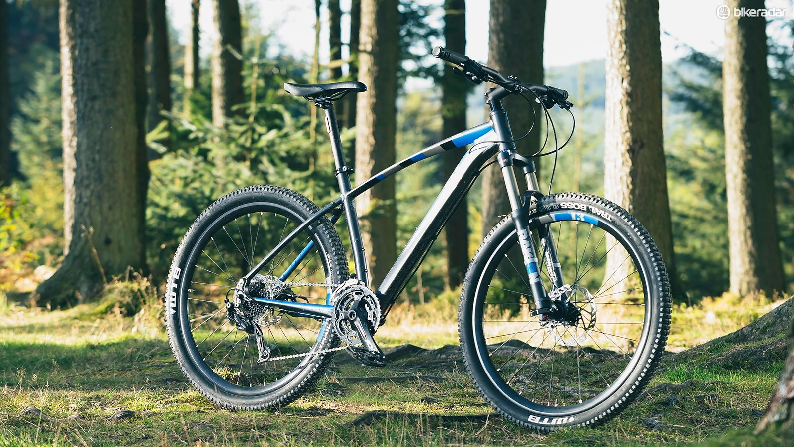 The Incline Alpha is a classy, fun little hardtail that offers near-unbeatable value