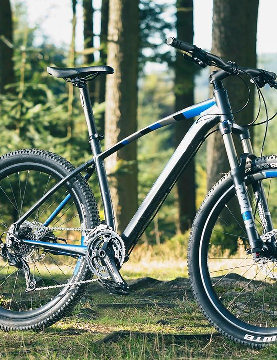 The 13 Incline Alpha outclasses most bikes you'll find around this price point
