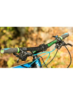 The 720mm bar gives welcome power assistance when the trail starts to get techy and treacherous