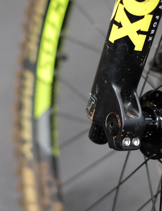 The bolted axle of the 36 is stiffer than that of the Pike but holds a convenience penalty