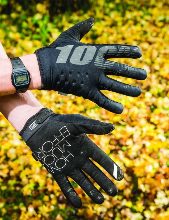 100%'s Brisker gloves' snug fit and comfort made them a firm favourite