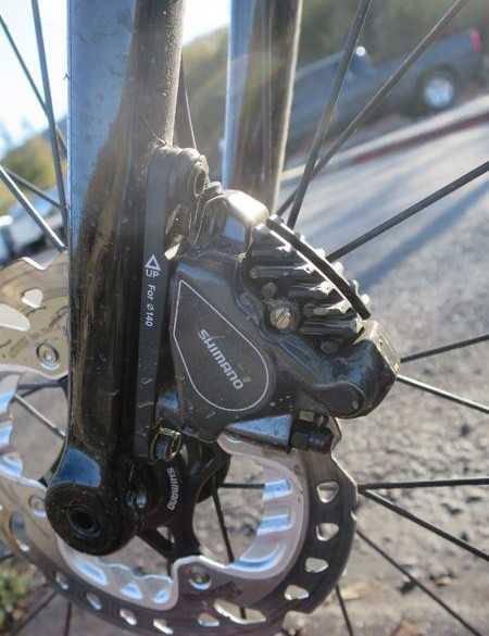 Shimano's latest flat-mount hydraulic brakes adorn the C5