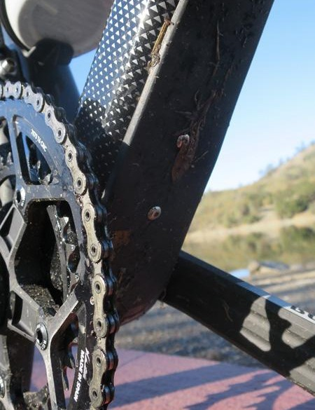 In a nod to gravel riding, the C5 features this bolt-on bashguard at the base of the down tube