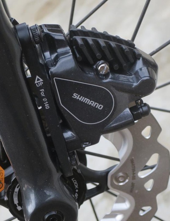 The switchable flat-mount means more choice on rotor size